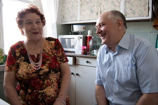 couples-living-together-for-50-years-16