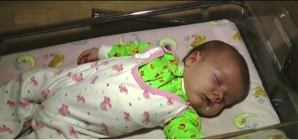 homeless-cat-saved-a-newborn-baby-from-death-2