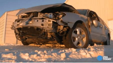 God-saved-life-of-this-girl-in-a-terrible-car-crash