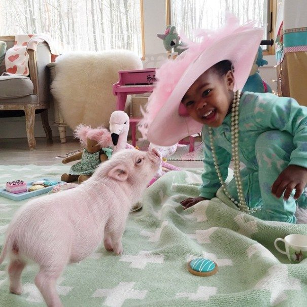 Unusual-pet-2-year-old-girl-has-7