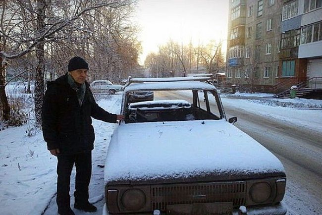 Residents-of-one-of-the-russian-cities-joined-forces-to-help-73-year-old-retired-man-3