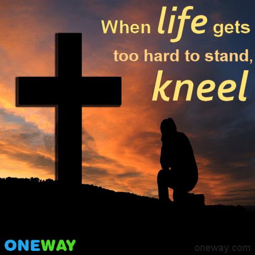 kneel2