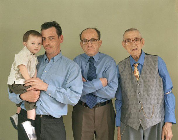 pictures-of-several-generations-of-one-family-4