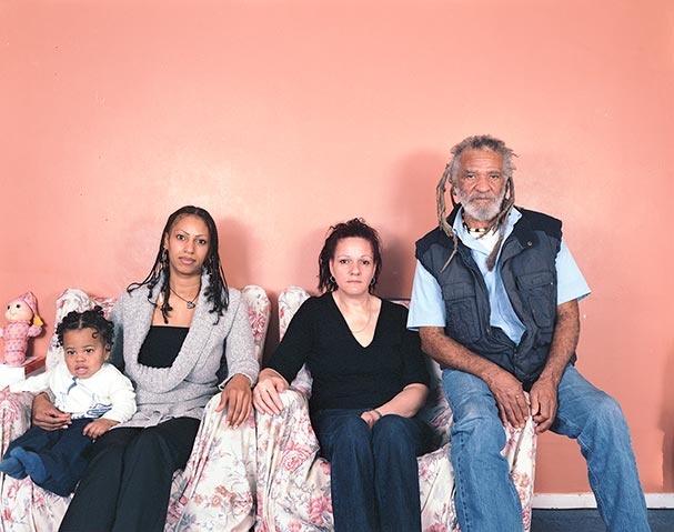 pictures-of-several-generations-of-one-family-7