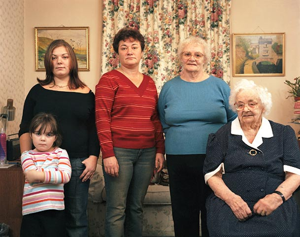 pictures-of-several-generations-of-one-family-8