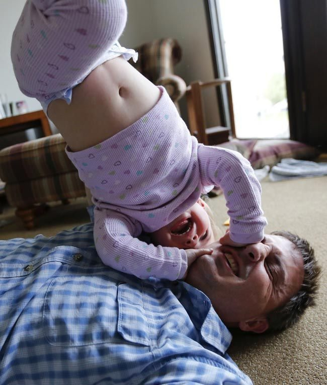 Photos-that-show-that-being-a-father-is-a-great-happiness-8