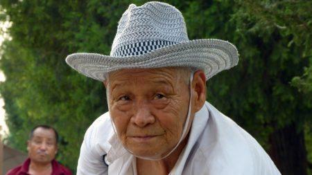 christians-china-found-great-way-serve-elderly-1