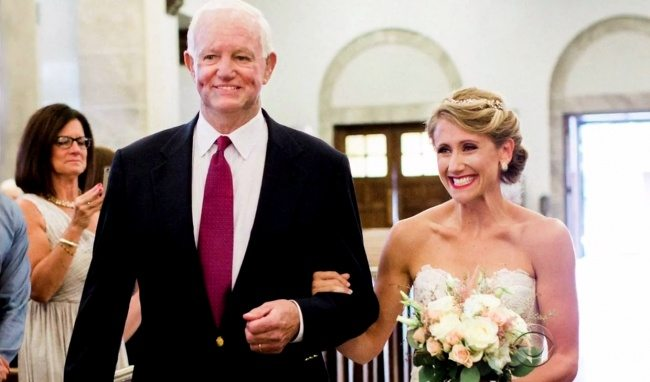 bride-walked-aisle-man-got-fathers-donated-heart-1
