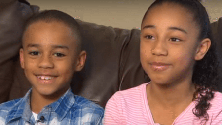 two-children-give-bible-bully-happens-next-will-surprise-lot