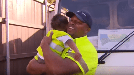 2-year-old-kid-found-unusual-best-friend-together-benefit-others-find