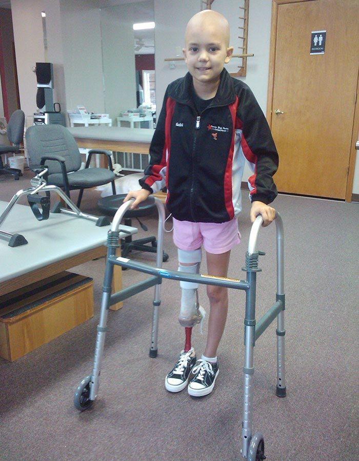 girl-lost-leg-cancer-not-say-goodbye-dream-becoming-ballerina-1