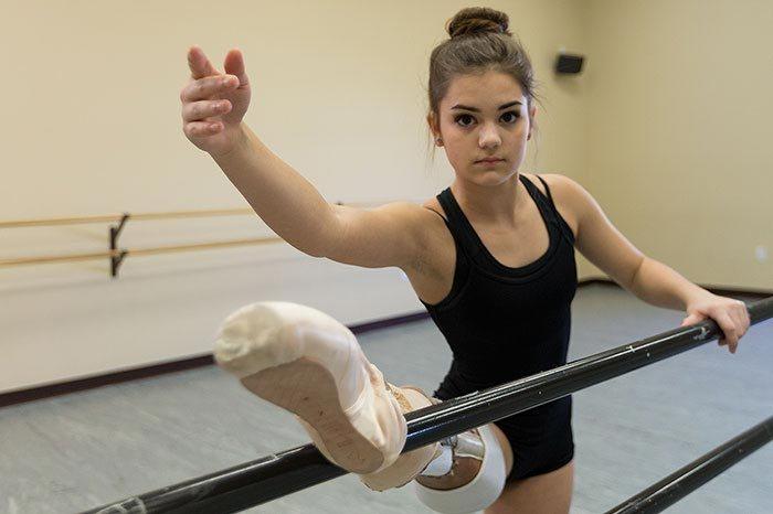 girl-lost-leg-cancer-not-say-goodbye-dream-becoming-ballerina-4