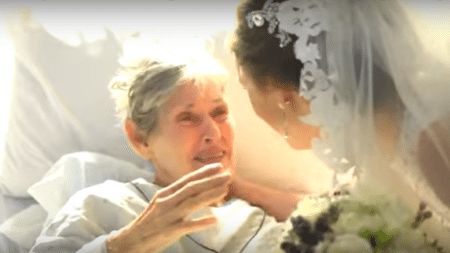 elderly-woman-not-come-wedding-granddaughter-wedding-came