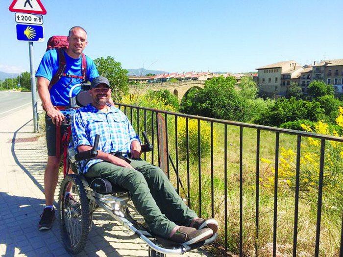 pilgrimage-wheelchair-friends-overcame-800-km-along-path-apostol-james-1