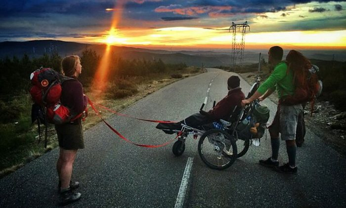pilgrimage-wheelchair-friends-overcame-800-km-along-path-apostol-james-5